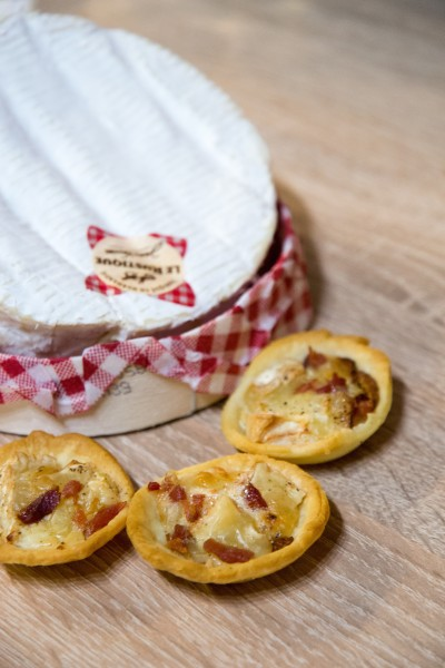 Micro-tartelettes au camembert