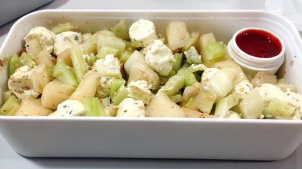 Salade fraicheur fenouil, poire et sésame au fromage frais