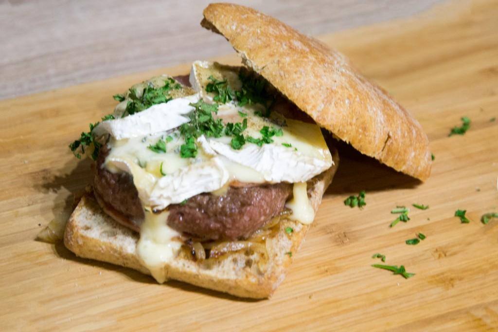 Burger au bleu de bresse, spécial vendredi soir