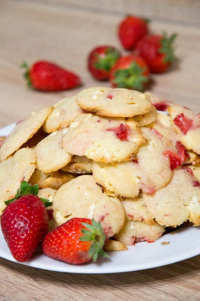 Cookies retour du marché : fraises & chocolat blanc