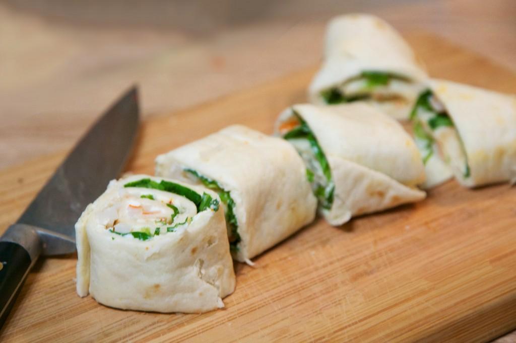 mini-wraps surimi, mâche et piment d'espelette