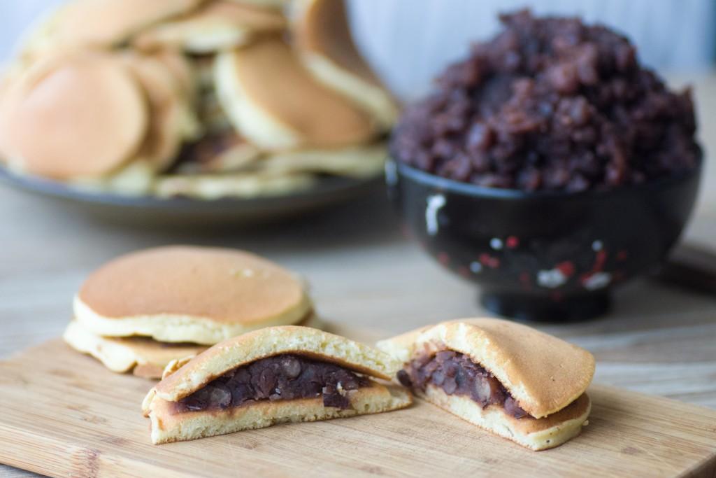 Doroyakis comme au japon, pancakes japonais farçis à l'Anko (haricots Azuki)